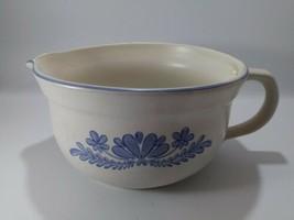 Pfaltzgraff Blue Flower YORKTOWNE 2 1/2 Quart Batter Bowl - $19.80