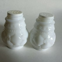 Vintage AVON Bird of Paradise Powder Sachet Empty Bottles Milk Glass (2)  - $9.85