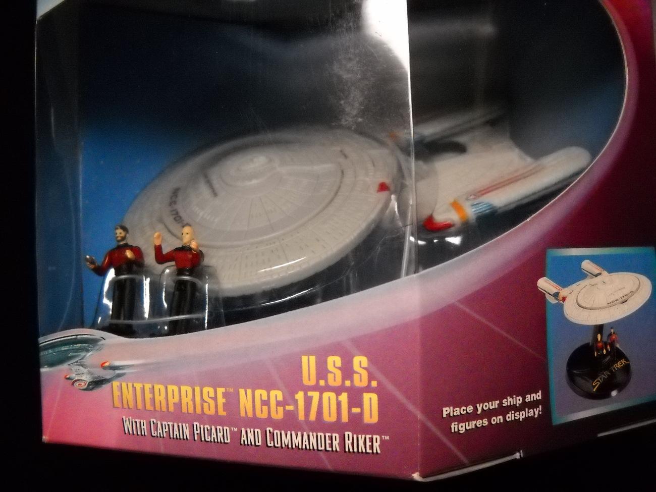 Star Trek Strike Force STNG Enterprise NCC-1701-D 1997 Playmates Sealed in Box
