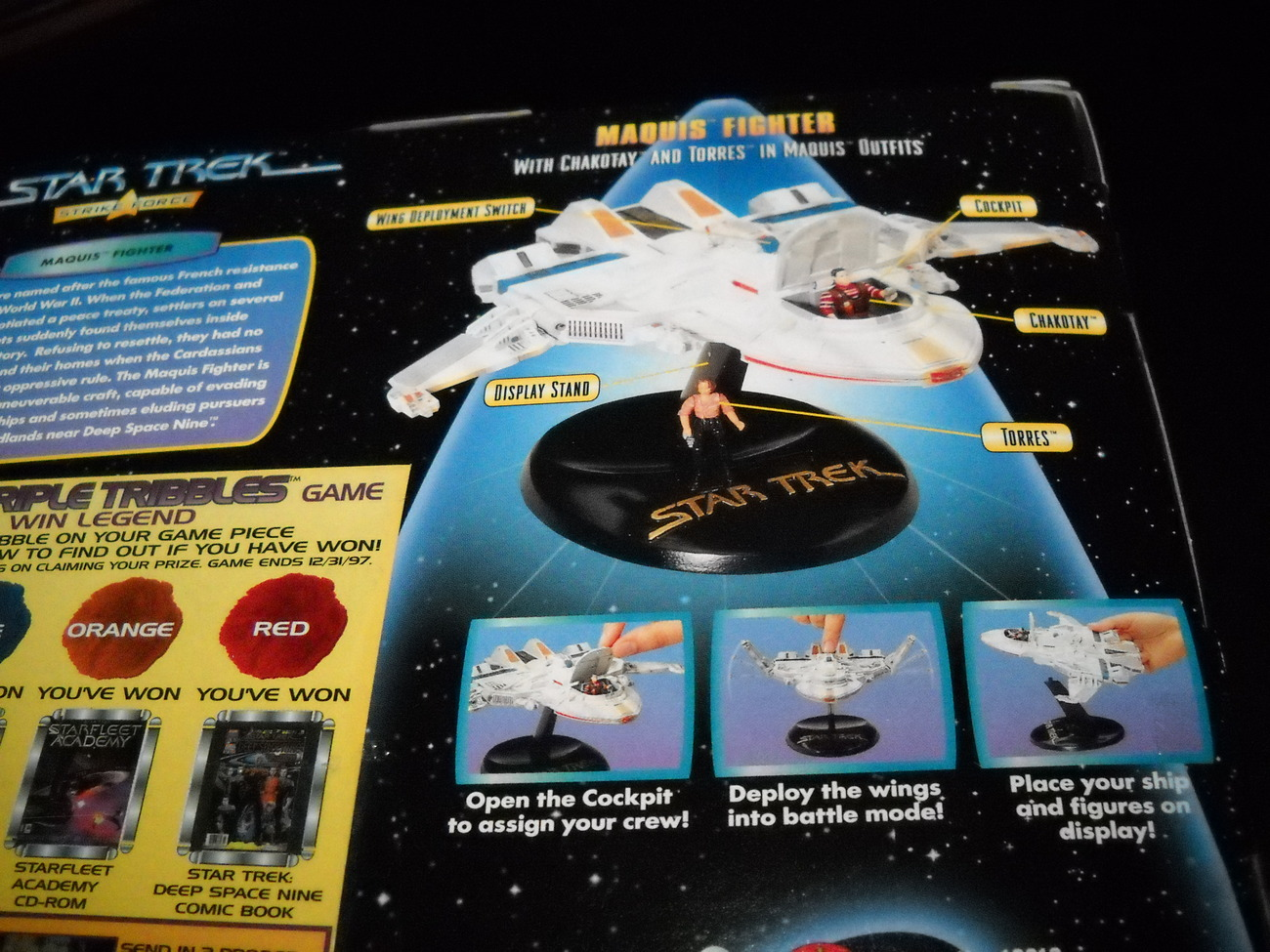 Mini playsets vaisseaux et figurines. Toy_Star_Trek_Playmates_Strike_Force_USS_Marquis_Fighter_1997_MIB_Sealed_05