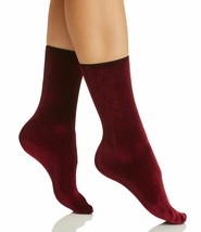 Hue Women's Currant Velvet Crew Socks One Size New w Tags image 1