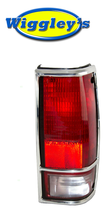 RIGHT SIDE TAIL LIGHT GM2801105 FOR 82-93 CHEVY GMC PICKUP (W/CHROME TRIM) image 1