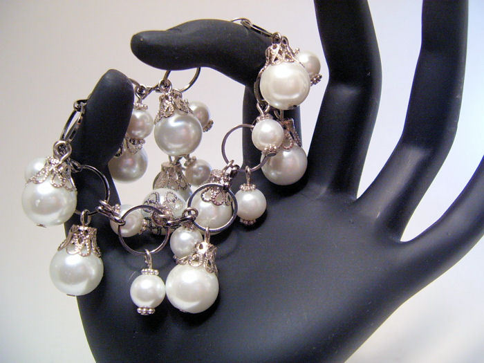 Bracelet Lg Link Chain White Sea Shell Pearls