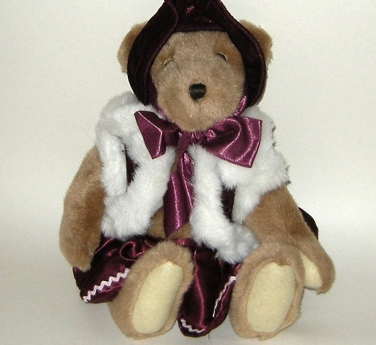 1/2 Price! Papel Giftware Victoria Plush Christmas Hinged Bear