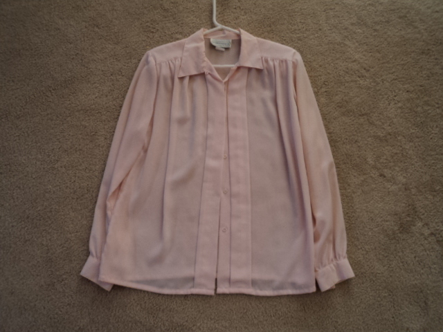 "Woman's  Light Pink ""Impressions"" Blouse Size 10 Medium"
