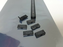 (5) HM511000JP10S HITACHI Dynamic RAM Fast Page 1M x1 26 Pin Plastic LCC... - $23.76