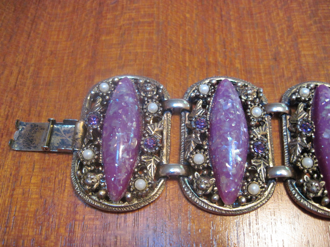 Vintage Jewelry Necklace, Earring & Bracelet Purple