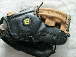 "Wilson A2485 T-Ball Glove RHT 10"" Very Good Pre-Owned Condition - $5.50"