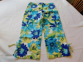 Carolina Blues Youth Girls Capri Cropped Stretch Pants Size 14 Floral Multi GUC - $18.92