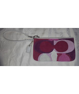 Coach pink purple optic suede gallery wristlet signature patchwork 6566 Rare - $30.00