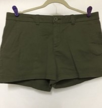 Womens BCG Shorts Size 12 Olive Flat Front Cotton Stretch Green 4 Pocket - $15.83