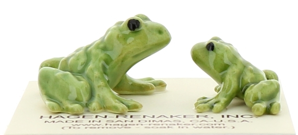 Hagen-Renaker Miniature Ceramic Frog Figurine Tiny Papa Frog and Baby Frog Set