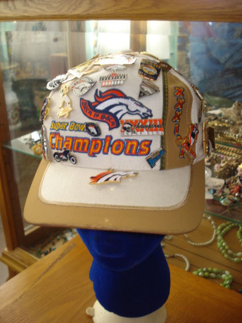 White Vintage Broncos Superbowl Hat With Souvenir Pins