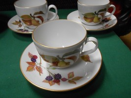 "Beautiful ROYAL WORCESTER ""Evesham"" Fine Porcelain China Set of 3 CUPS &... - $15.65"