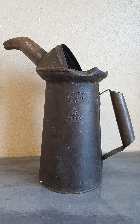 Oiler Oil Spout Can Craft Halloween 1/2 Gal Liquid Tin Minn 61 Vintage Steampunk