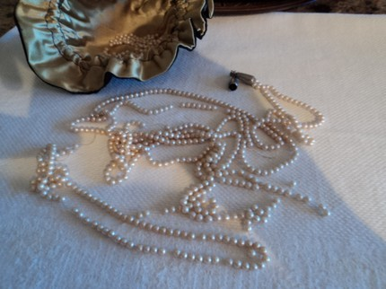 Faux Pearls Loose Small