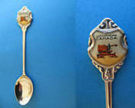 UNITY Saskatchewan Souvenir Collector Spoon FARMING Farmer on Combine FARM - $5.95