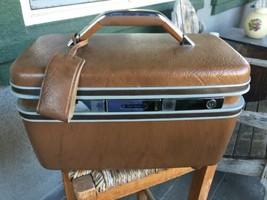 Vintage 60's Samsonite Silhouette Brown Makeup Train Case w/ keys, tray,... - $39.83