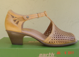 NEW EARTH BROWN MARY JANE LEATHER SANDALS SIZE 8.5 $110 - $54.44