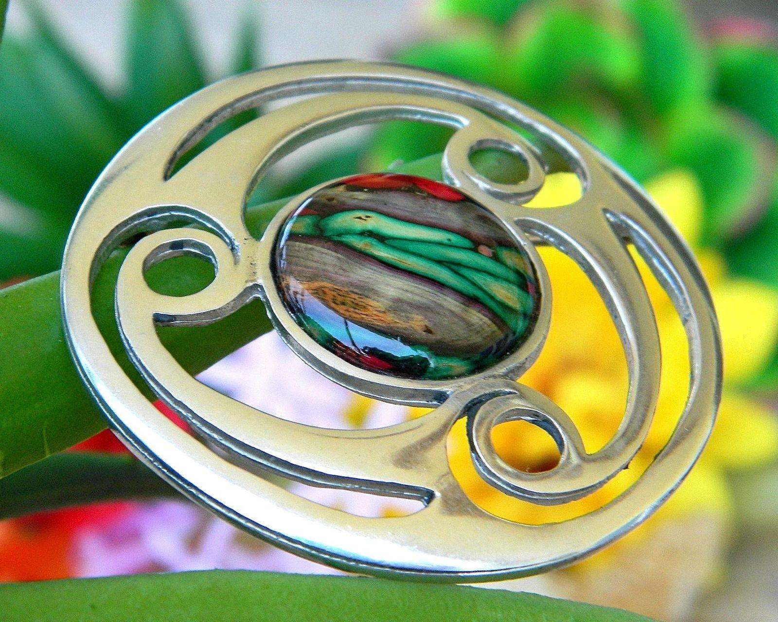 Vintage Celtic Scottish Triskele Brooch Pin Pewter Heathergem Cabochon - $24.95