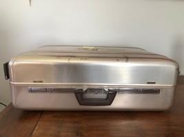 """ZERO Halliburton RollingAluminum Case 26""""x18""""x9"""" Combination Lock Suitcase - $89.05"""