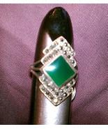 Marcasite green agate elegant sterling silver ring size 7 vintage 80s - $65.00