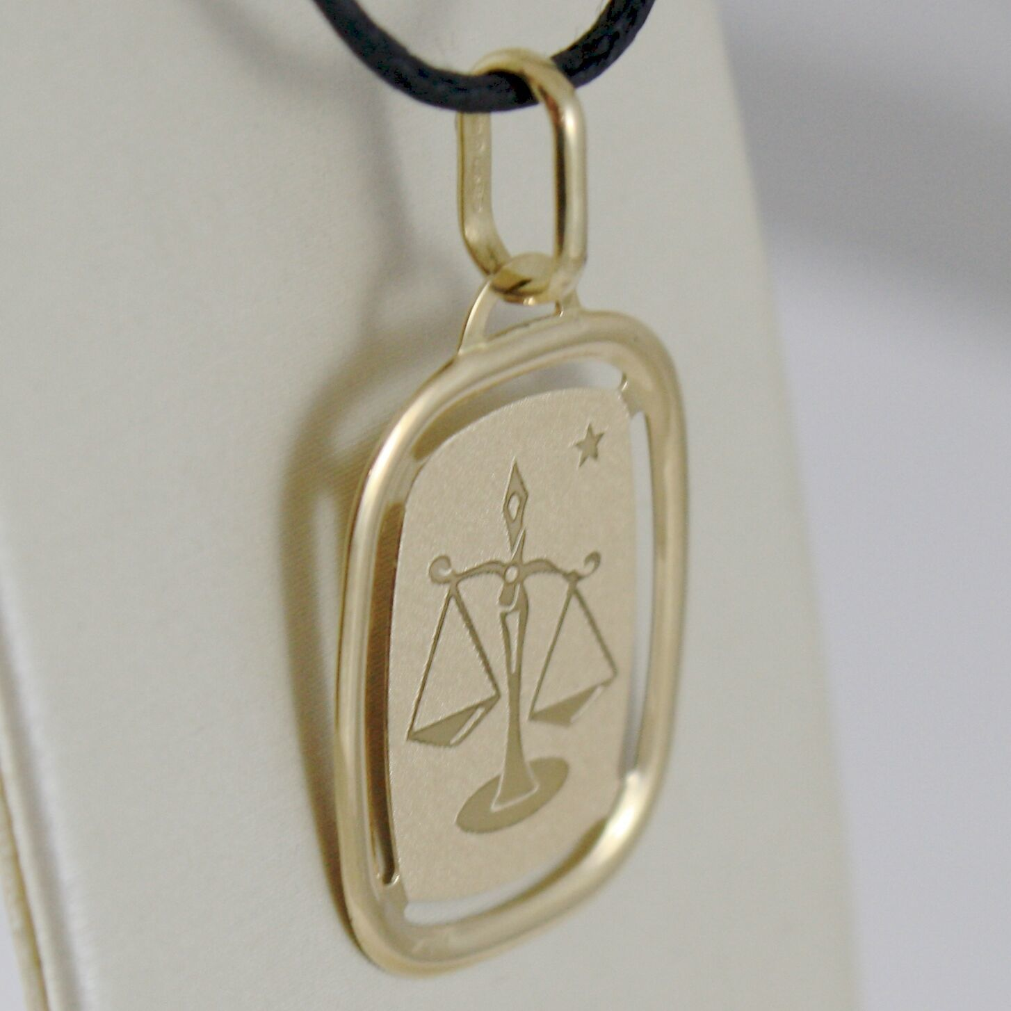SOLID 18K YELLOW GOLD LIBRA ZODIAC SIGN MEDAL PENDANT, ZODIACAL, MADE IN ITALY