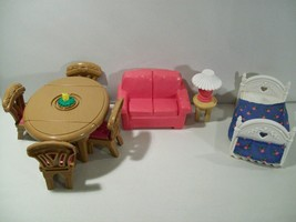 LOT FISHER PRICE LOVING FAMILY DOLLHOUSE FURNITURE BED DINING TABLE LAMP... - $14.65