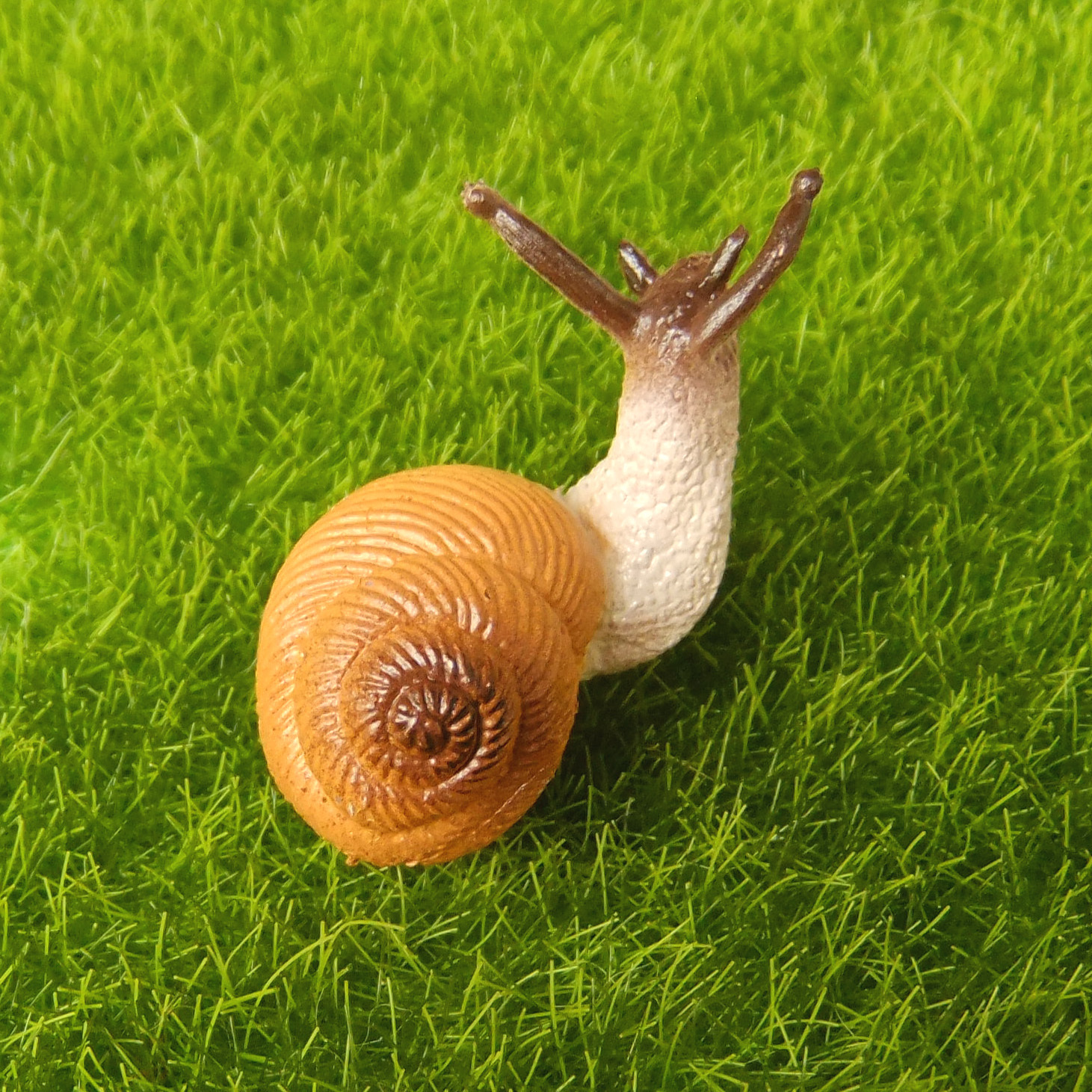 4 Pcs Small Snail Cute Lifelike Fairy Garden Terrarium Decor Figurine Animal Toy Hlpsocialsquare Com