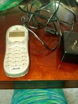 Motorola Alltel, FCC ID: IHDT56BJ3 Cell Phone-RARE-SHIPS SAME BUSINESS DAY - $87.88