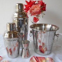 Retro 1960's Cocktail Making Set. Two Cocktail Shakers, Ice Bucket & Mea... - $114.00