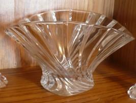 Mikasa Flores Flair Bowl Elegant Crystal Centerpiece Bowl Original Stick... - $12.86