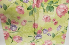 "FLANNEL BACK VINYL TABLECLOTH 60"" Round (4-6 ppl) FLOWERS, TULIPS, ASM - $13.85"
