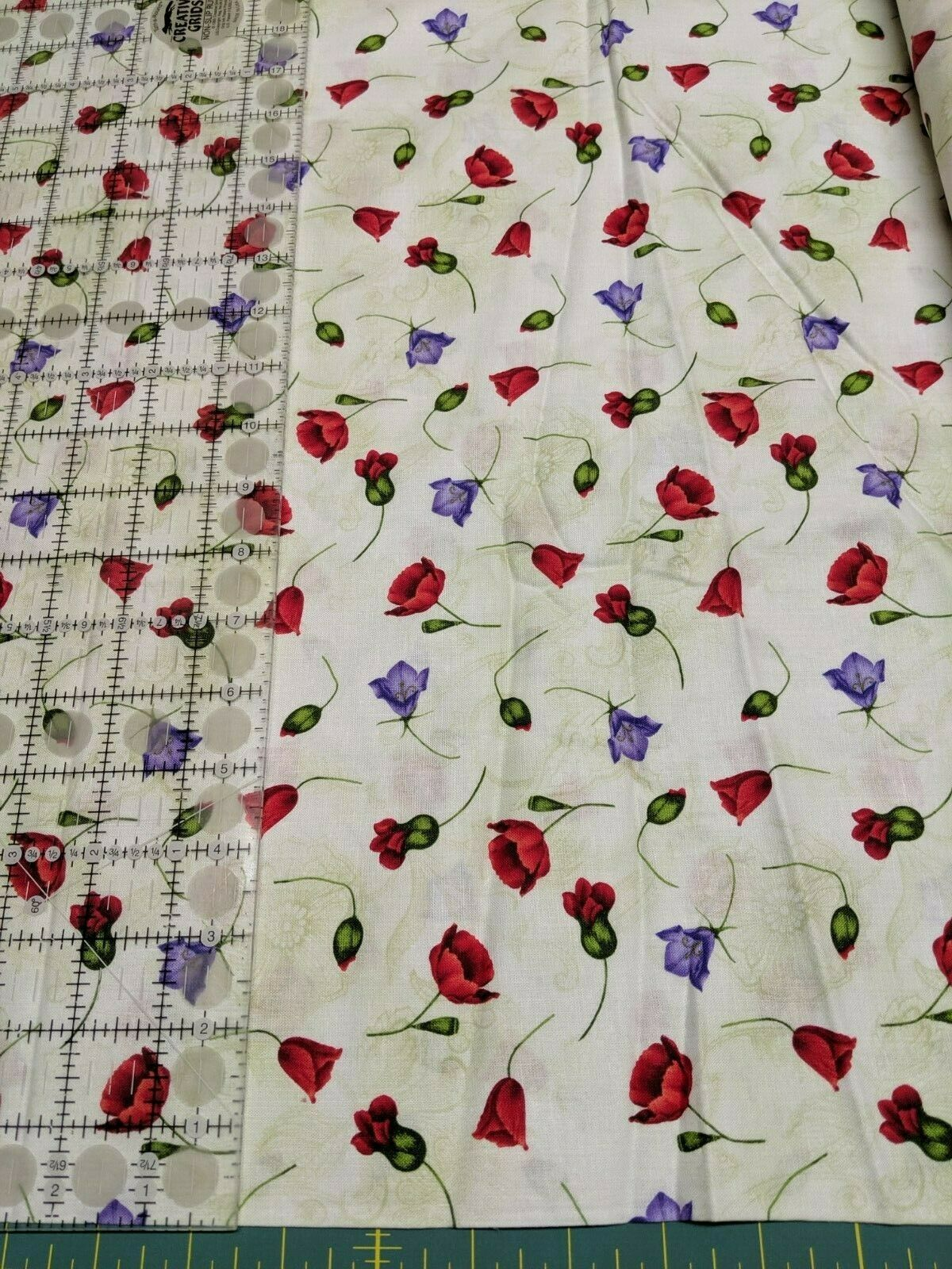 Fabric-Small Floral Buds on Ivory-Poppy Fabric-Fabric Traditions #5584