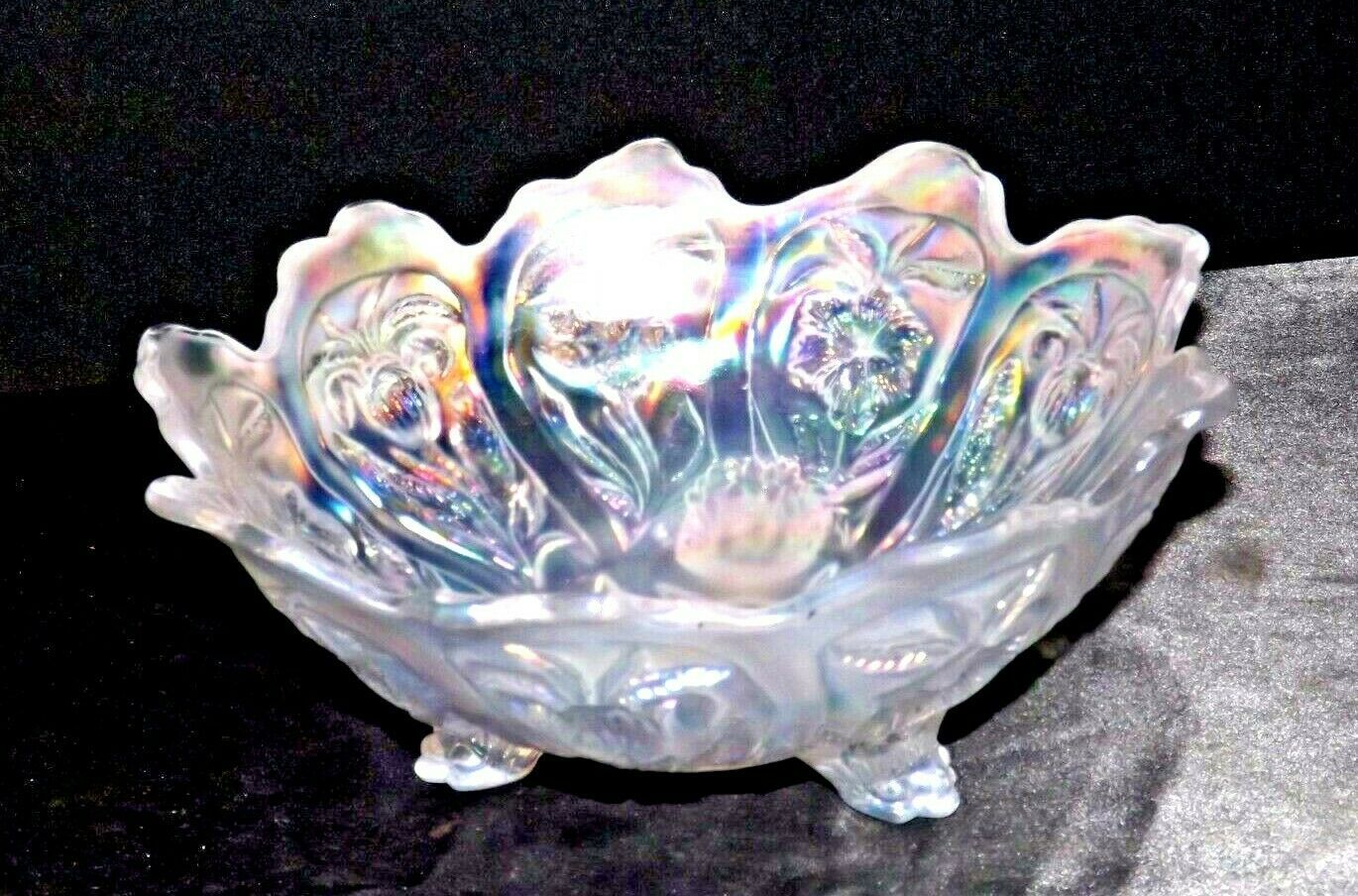 White Imperial Carnival Glass Bowl AA19-1530 Vintage
