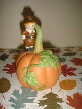 Avon Thanksgiving 1990 Pilgrim Pumpkin Bell - $13.99