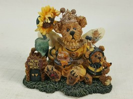 Boyds Bears Victoria Regina Buzzbruin...So Many Flowers, So Little Time ... - $8.95