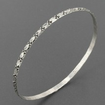 "Vintage Signed Di Vera Sterling Silver 8"" Thin 3mm Stackable Bangle Brac... - $14.95"