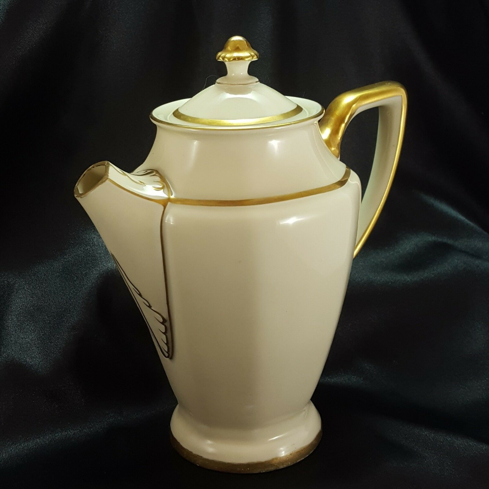Primary image for Rosenthal Corona Chocolate Pot Art Deco Ivory Porcelain Gold Trim 24 oz ca 1940