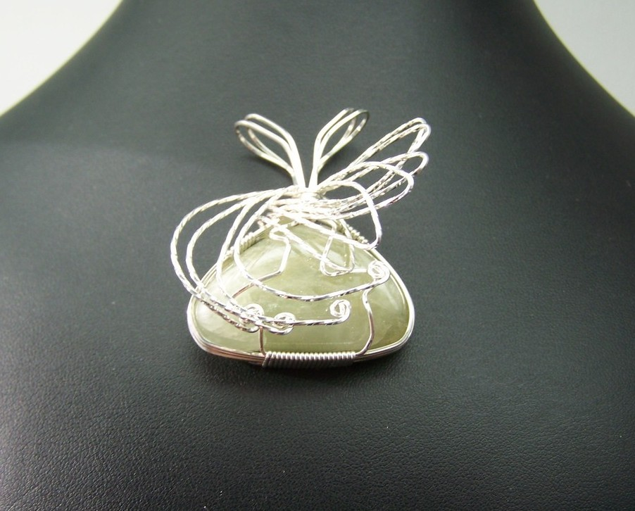 Jewelry by two gems S.S. Wire Wrap Pendant w Aquamarine (WP87)