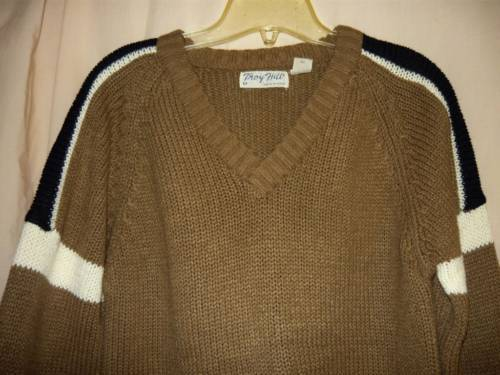 Brown Sporty Sweater Med,/Lg.