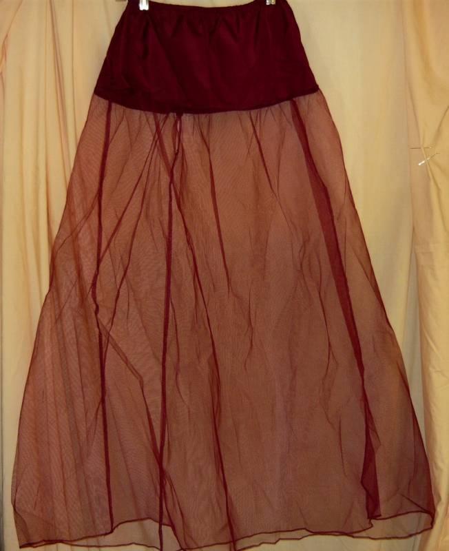 Burgundy Gown with Crinoline  SIZE 7/8