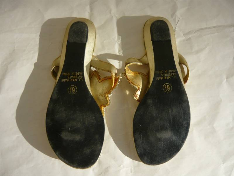 Alexis Belle Gold Beaded Thong Sandals-6.5