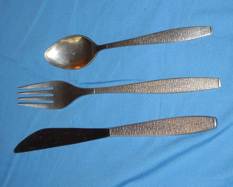 Twa silverware