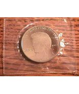 ELVIS $5 COMMEMORATIVE COIN 1995 ON CARD - $74.25