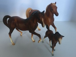 Breyer Horses Classic Arabian Family Set of 3 Stallion Mare Foal #3055 C... - $29.74