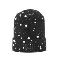 Dope Couture Bedruckt Schwarz Weiß Farbe Spritzer Flecken Logo Strick Bund Mütze