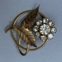 Vintage Clear Rhinestone Flower Brooch Pin Round Circle Gold Tone Open Work - $15.80