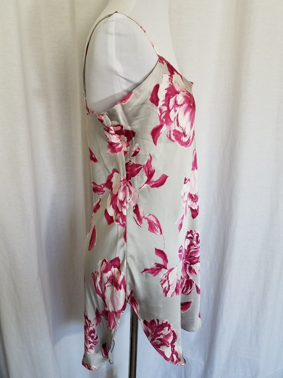 The Lingerie Collection Gray Silk Cami Pink Flowers Adjustable Straps Size S
