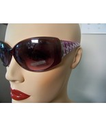 Sunglasses UV400 with Hounds tooth Sidebars wit... - $4.00